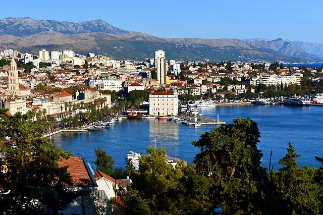 MSP > Split, Croatia: Flight & 9 nights: $1,018- Aug-Oct