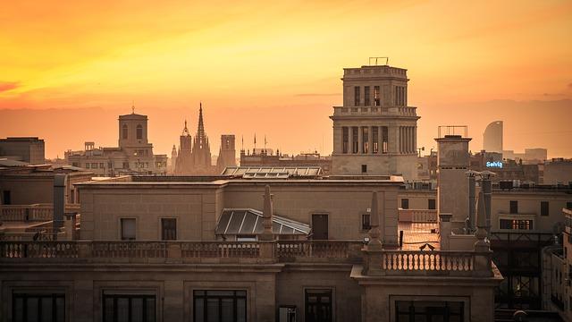 EWR > Barcelona: $616 including 10 nights