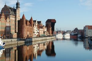 EWR> Gdansk, Poland: Flight & 9 nights: $617 – Sep-Nov (Including Fall Break)