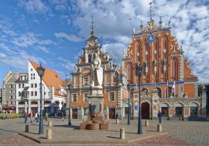EWR> Riga, Latvia: Flight & 13 nights: $674 – Oct-Dec (Including Thanksgiving)