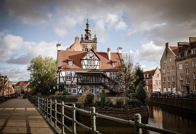 EWR > Gdansk, Poland: Flight & 9 nights: $687- Jan-Mar