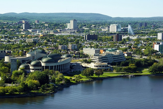 PHX > Ottawa, Canada: $270 round-trip – Aug-Oct