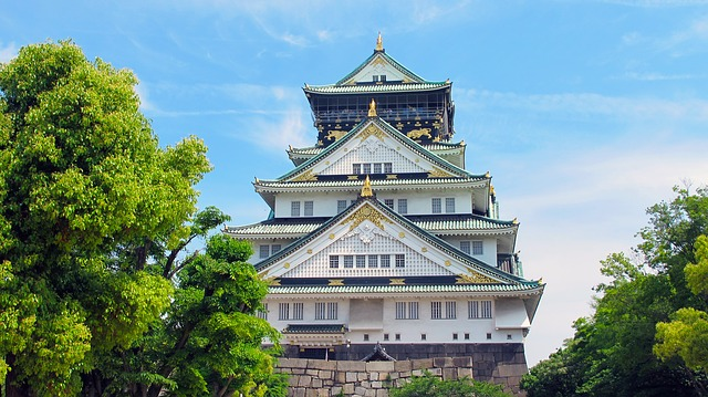 PHX > Osaka, Japan: $780 round-trip – Aug-Oct