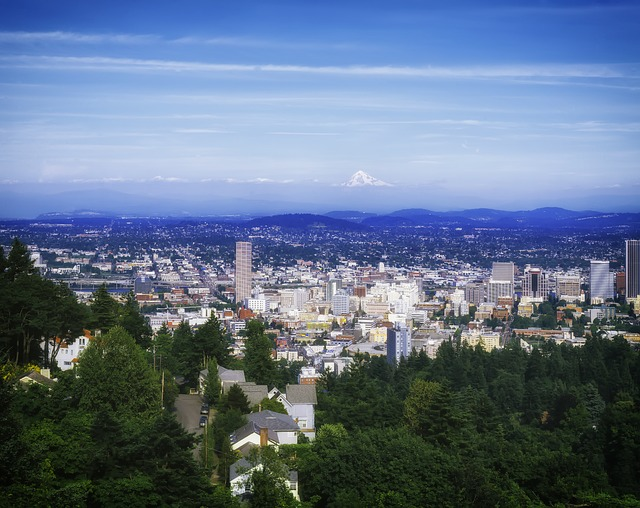 PHX > Portland, Oregon: $77 round-trip – Mar-May