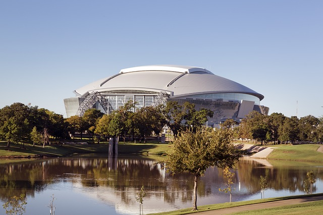 PHX > Dallas, Texas: $67 round-trip – Mar-May