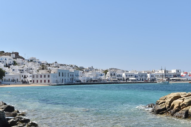 SFO > Mykonos, Greece: $583 round-trip- Sep-Nov (Including Fall Break)