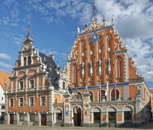 SFO> Riga, Latvia: Flight & 10 nights: $830 – Mar-May