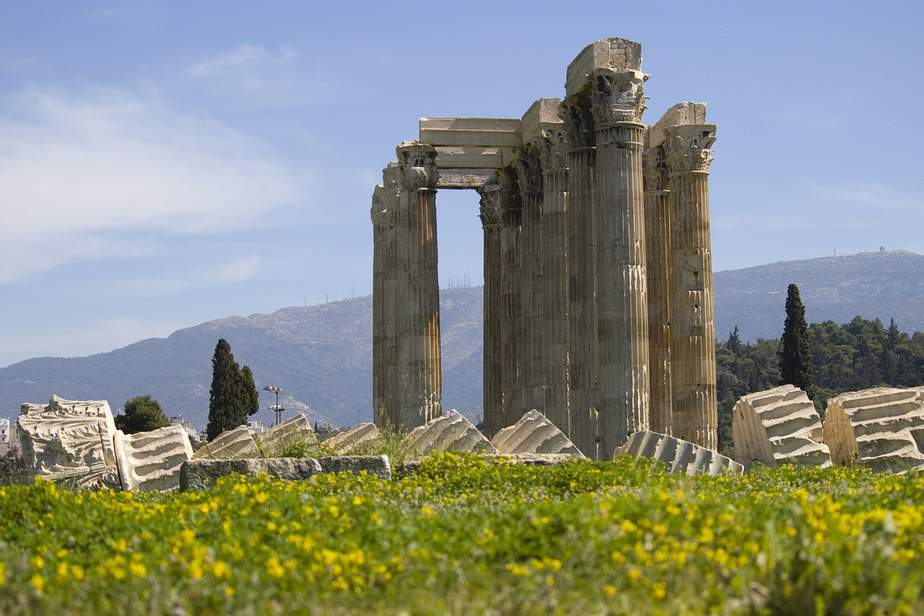 SFO> Athens, Greece: Flight & 11 nights: $952 – Apr-Jun