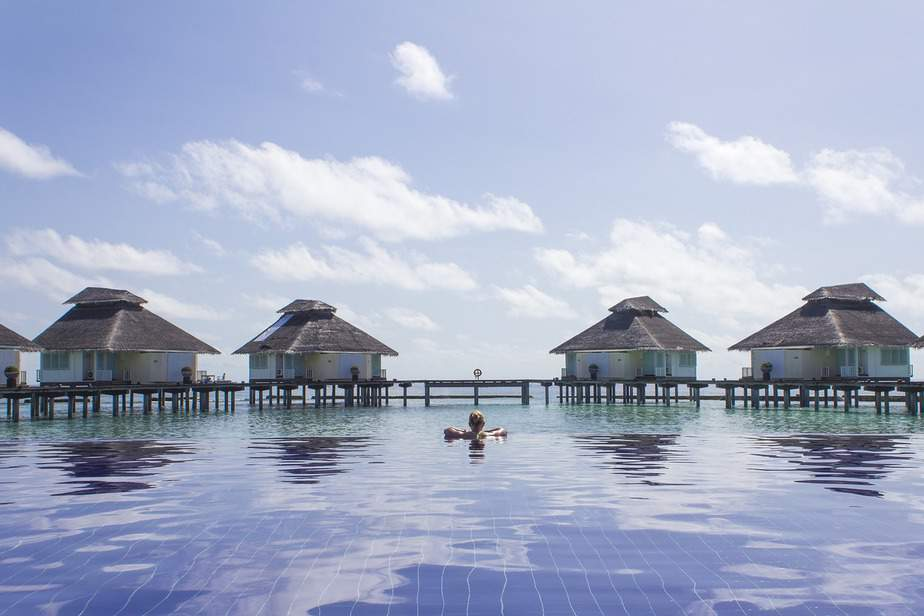 PHX> Male, Maldives: Flight & 11 nights: $1,301 – May-Jul (Including Summer Break)