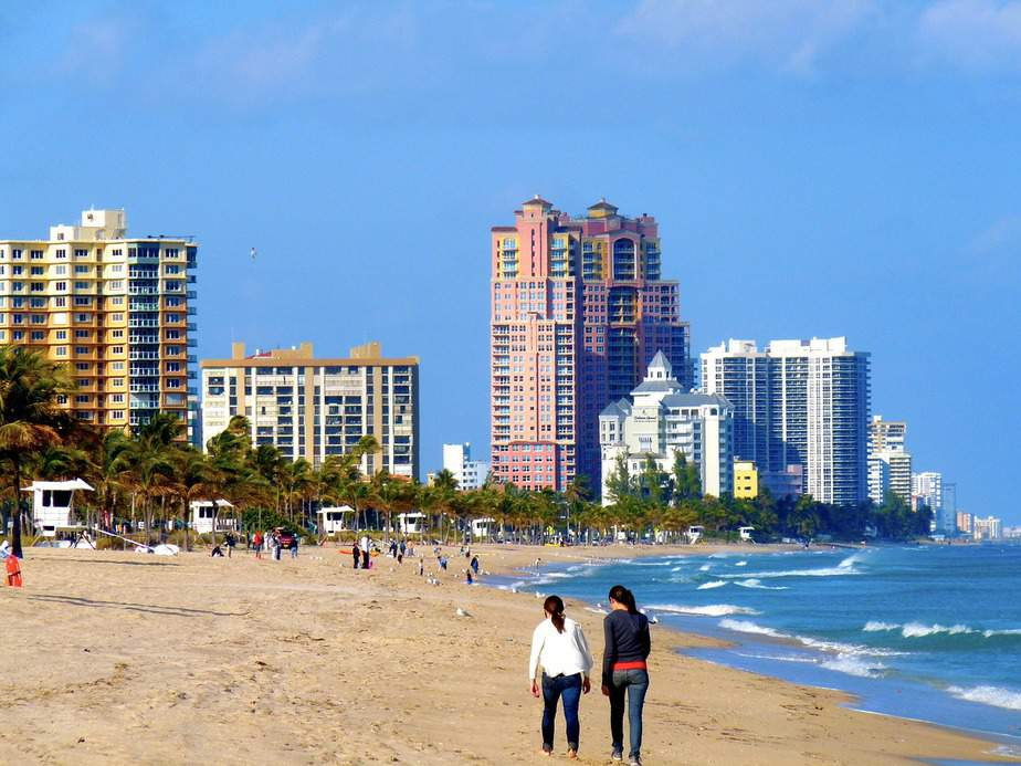 EWR> Fort Lauderdale, Florida: $105 round-trip – Sep-Nov