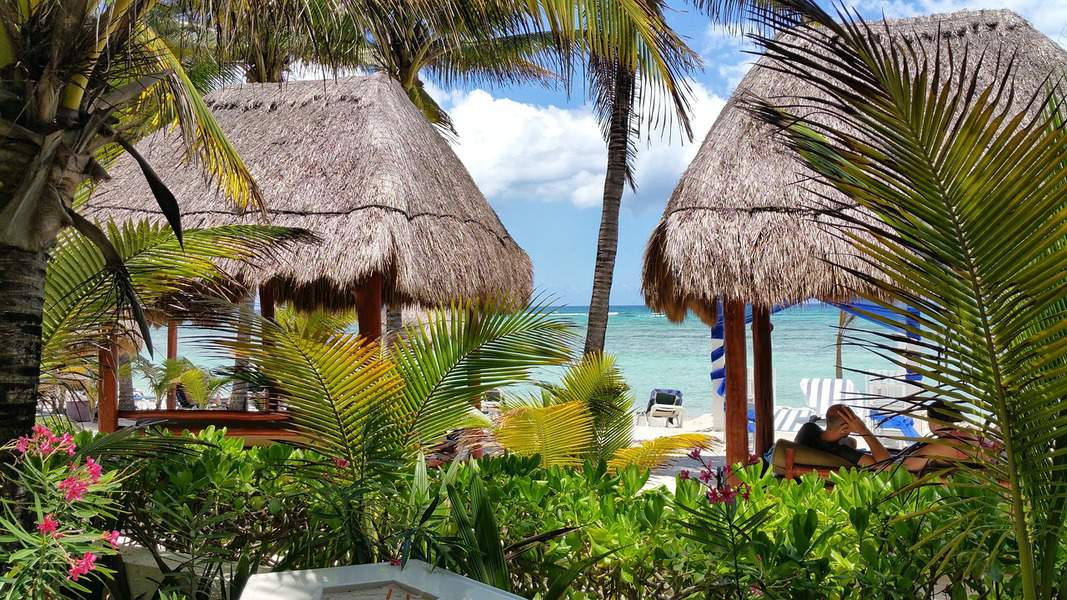 SNA> Puerto Vallarta, Mexico: Flight & 9 nights: $373 – Dec-Feb
