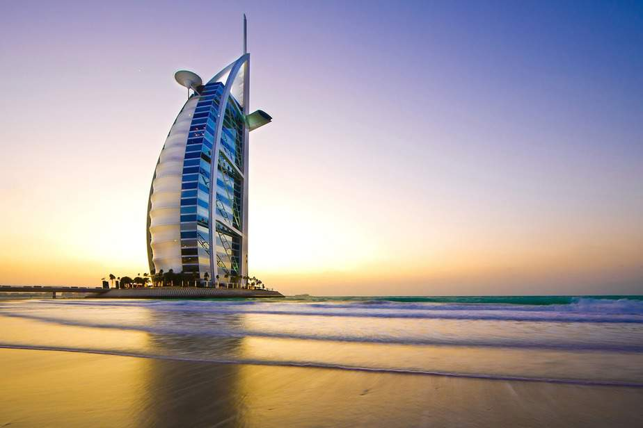 SJC> Dubai, United Arab Emirates: Flight & 6 nights: $760 – Aug-Oct