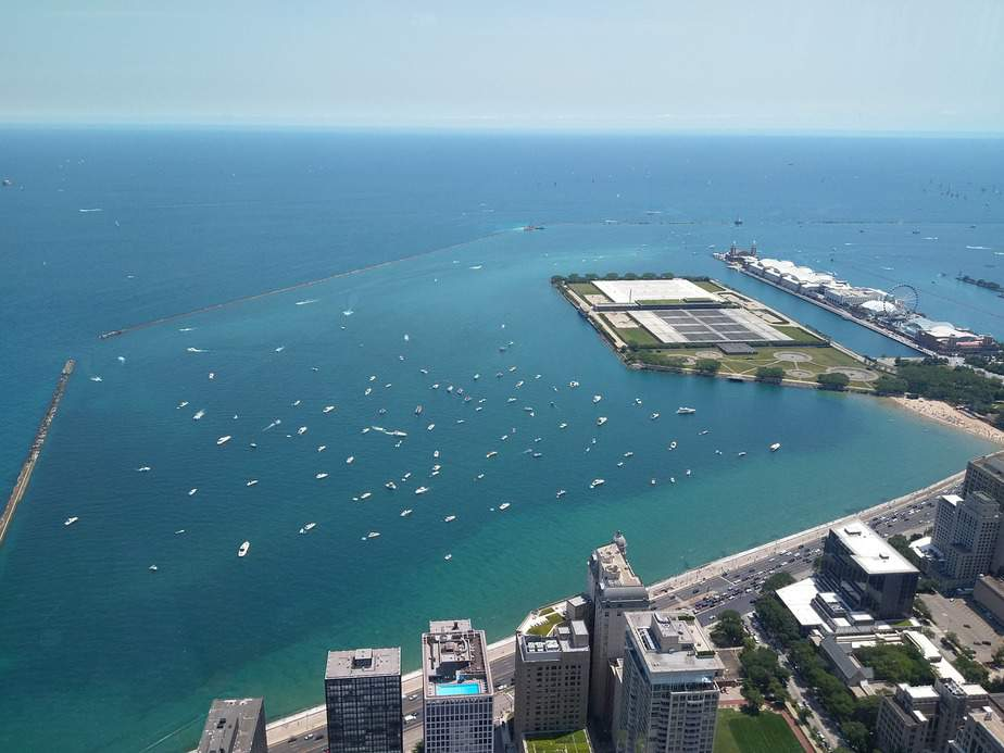 BNA> Chicago, Illinois: $77 round-trip- Jun-Aug (Including Summer Break)
