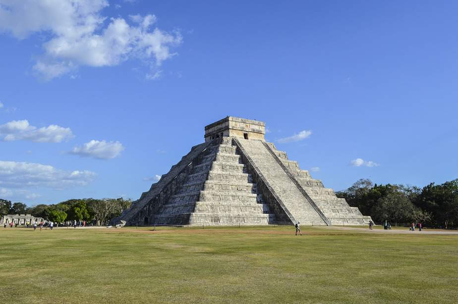 DEN> Cancun, Mexico: Flight & 6 nights: $270