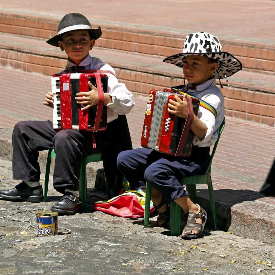 IND> Buenos Aires, Argentina: Flight & 17 nights: $1,258- Oct-Dec