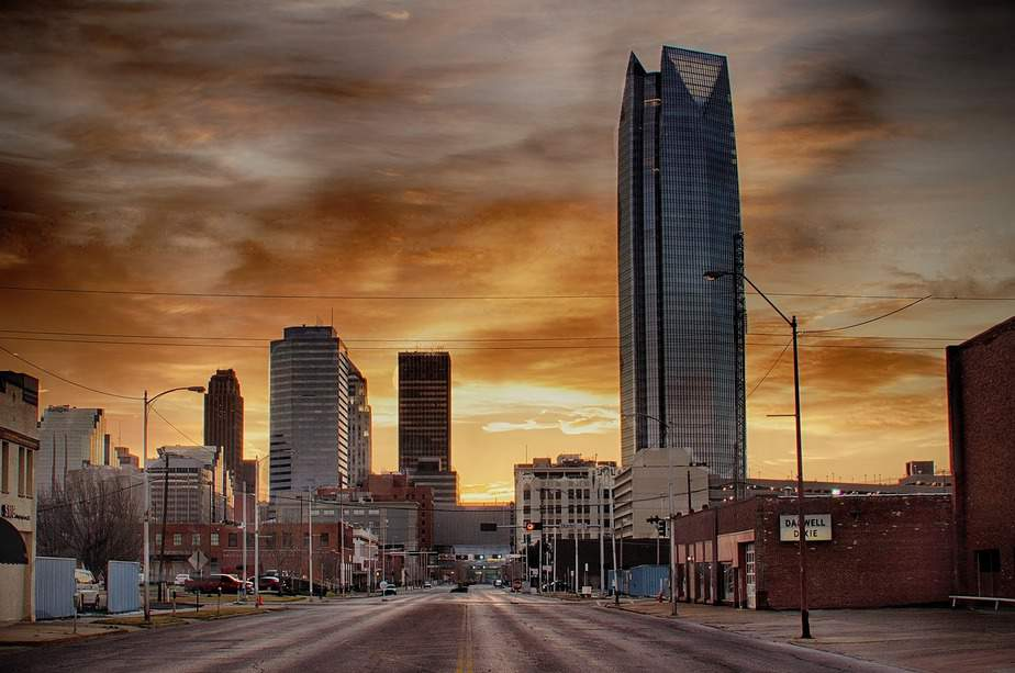 DEN> Oklahoma City, Oklahoma: $71 round-trip  – Sep-Nov (Including Fall Break)