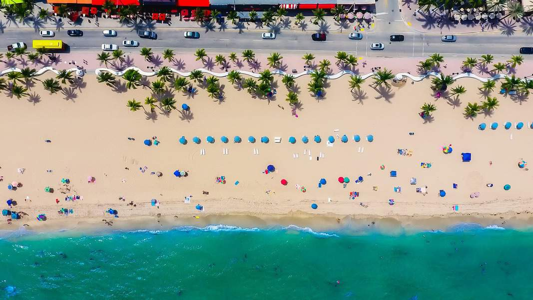 EWR> Fort Lauderdale, Florida: $101 round-trip – Sep-Nov (Including Fall Break)