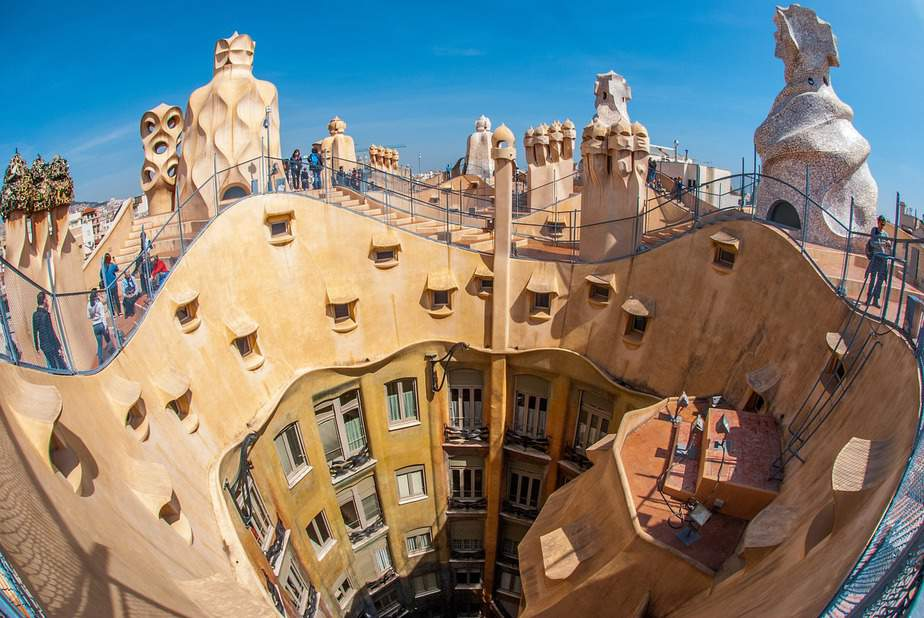 MSP> Barcelona, Spain: Flight & 7 nights: $753 – Feb-Apr (Including Spring Break)