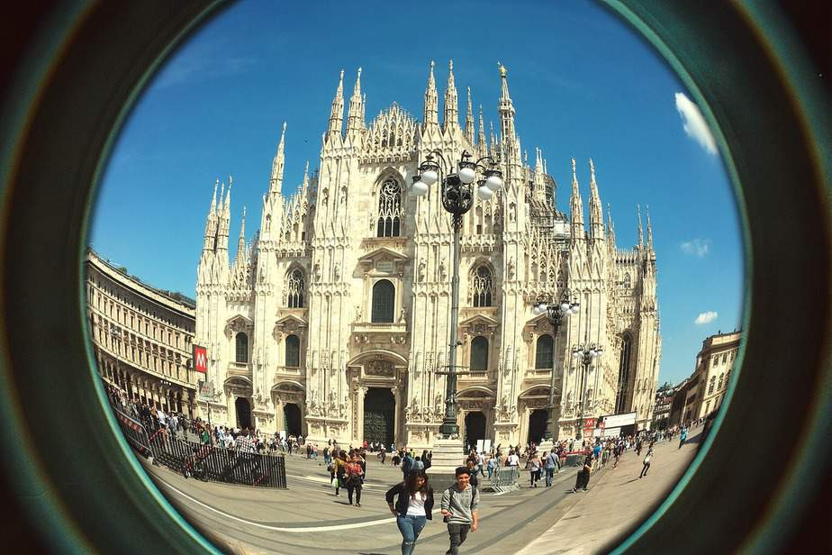 IND> Milan, Italy: Flight & 14 nights: $725- Dec-Feb (Including MLK Weekend)