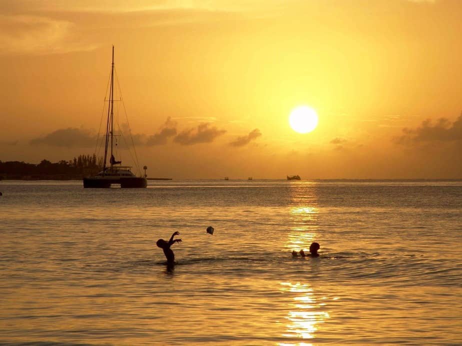 IND> Montego Bay, Jamaica: Flight & 3 nights: $579 – Sep-Nov