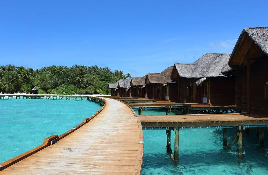LAX> Male, Maldives: Flight & 12 nights: $973- Oct-Dec