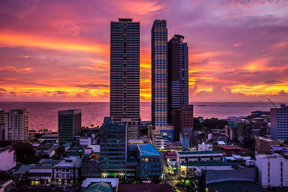 RDU> Manila, Philippines: Flight & 8 nights: $927 – Oct-Dec (Including Thanksgiving)