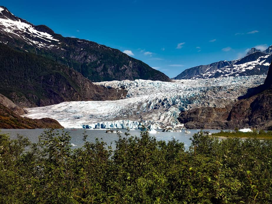 PHX> Juneau, Alaska: Flight & 5 nights: $672 – Aug-Oct