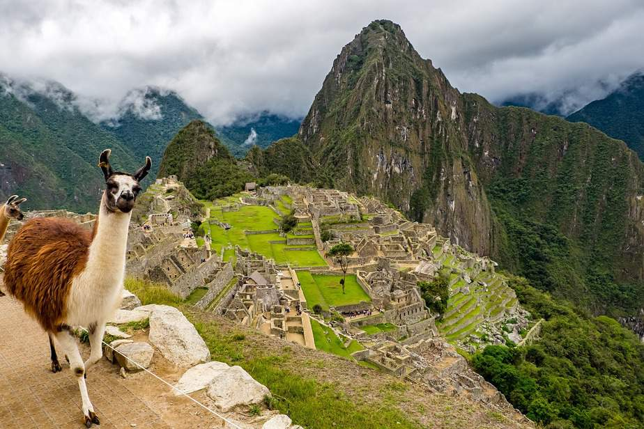 BNA> Lima, Peru: Flight & 6 nights: $571 – Dec-Feb