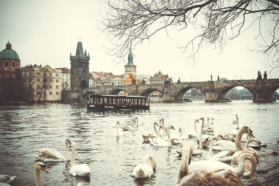 MSP> Prague, Czech Republic: Flight & 8 nights: $769 – Sep-Nov (Including Fall Break)