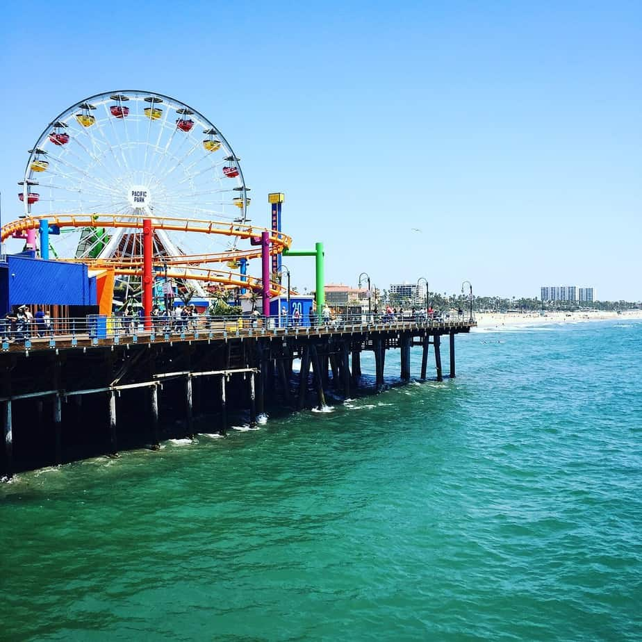 LGA> Los Angeles, California: $134 round-trip- Apr-Jun