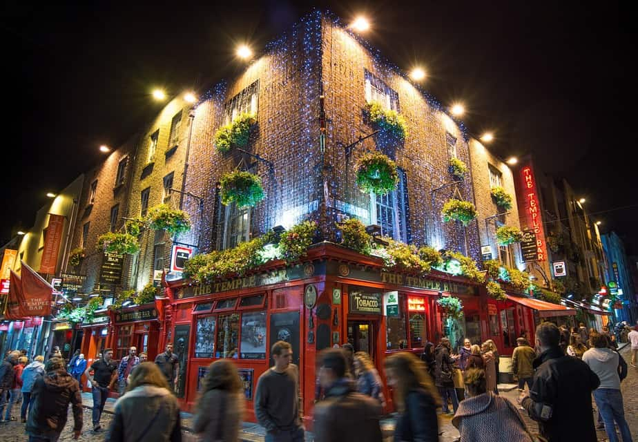 RDU> Dublin, Ireland: Flight & 8 nights: $805 – Oct-Dec (Including Thanksgiving)
