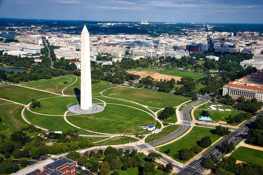 IND> Washington, DC: $111 round-trip- Apr-Jun