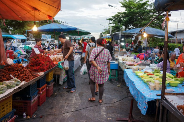 Thailand Ayutthaya avondmarkt