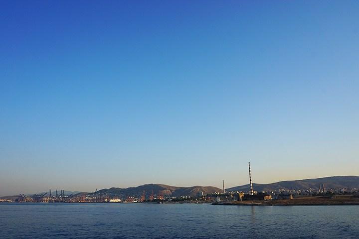 Eilandhoppen op de Cycladen - Haven van Athene