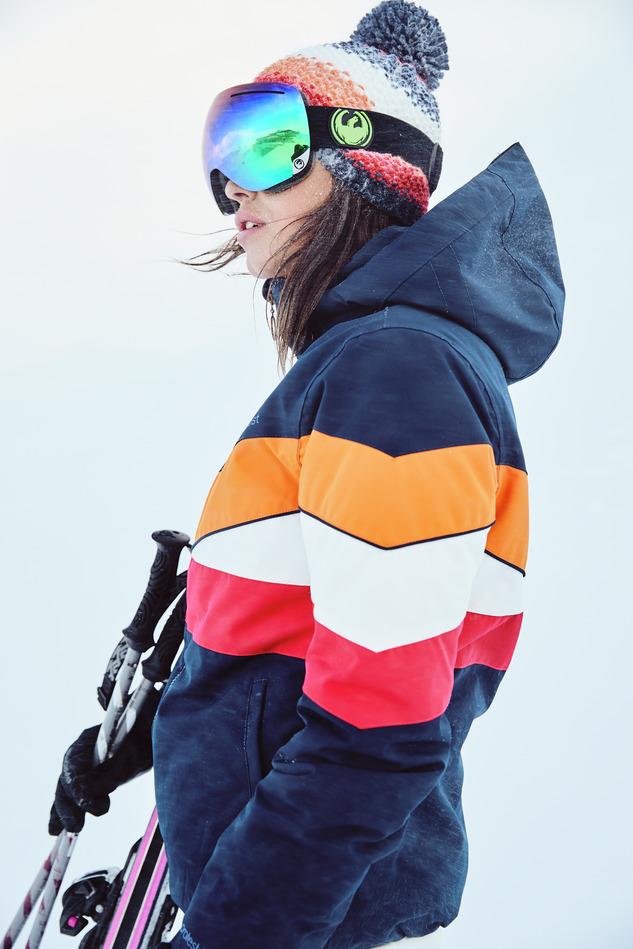 Dames ski-jas van Protest
