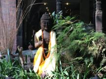 buddha statue in kathmandu