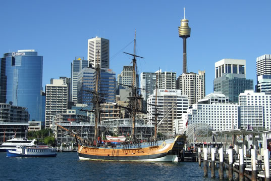British writer lands in Sydney Darling Harbour