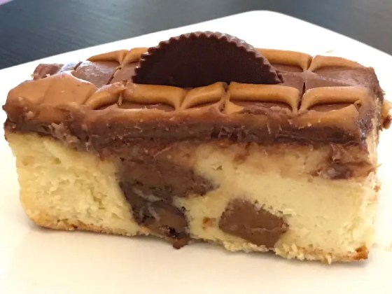 Peanut Butter Square from Charlie's Bakery. | Photo by the author.
