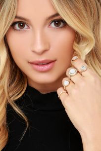Hand in Hand Gold and White Ring Set