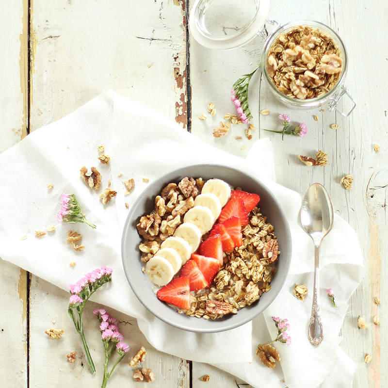 Elevate your Breakfast Bowls with Oatbox! Oatbox Review & Breakfast Recipes // JustineCelina.com