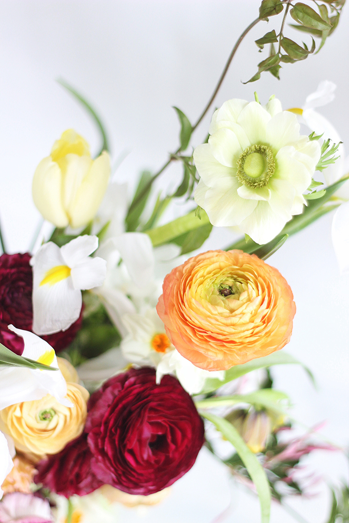 An Introduction to Spring Flowers | White Anenomies // JustineCelina.com