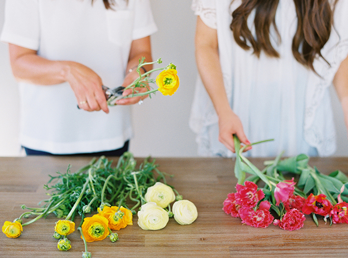 DIY | How to Make a Summer Flower Arrangement with Rebecca Dawn Design | Flower Conditioning // JustineCelina.com