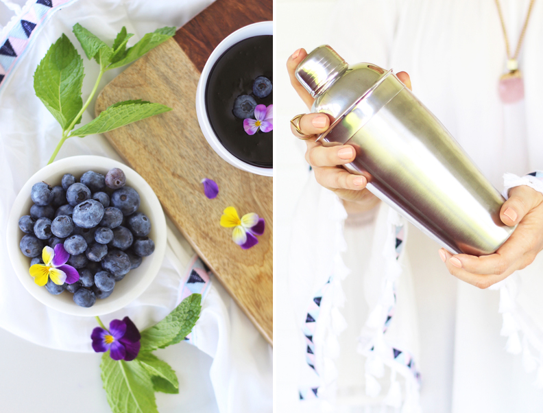 Blueberry Lemon and Cucumber Gin Mojitos | A refreshing, clean, refined sugar free cocktail | Blueberry Mojito Recipe | Muddled Blueberry Cocktail | Blueberry Cocktail Gin | How to Muddle Blueberries | Best summer Cocktails // JustineCelina.com