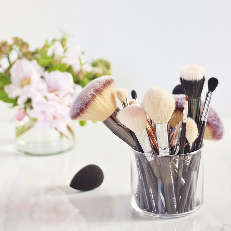 Makeup Brush 101 | Your Complete Guide to Makeup Brushes and How to Use Them // JustineCelina.com
