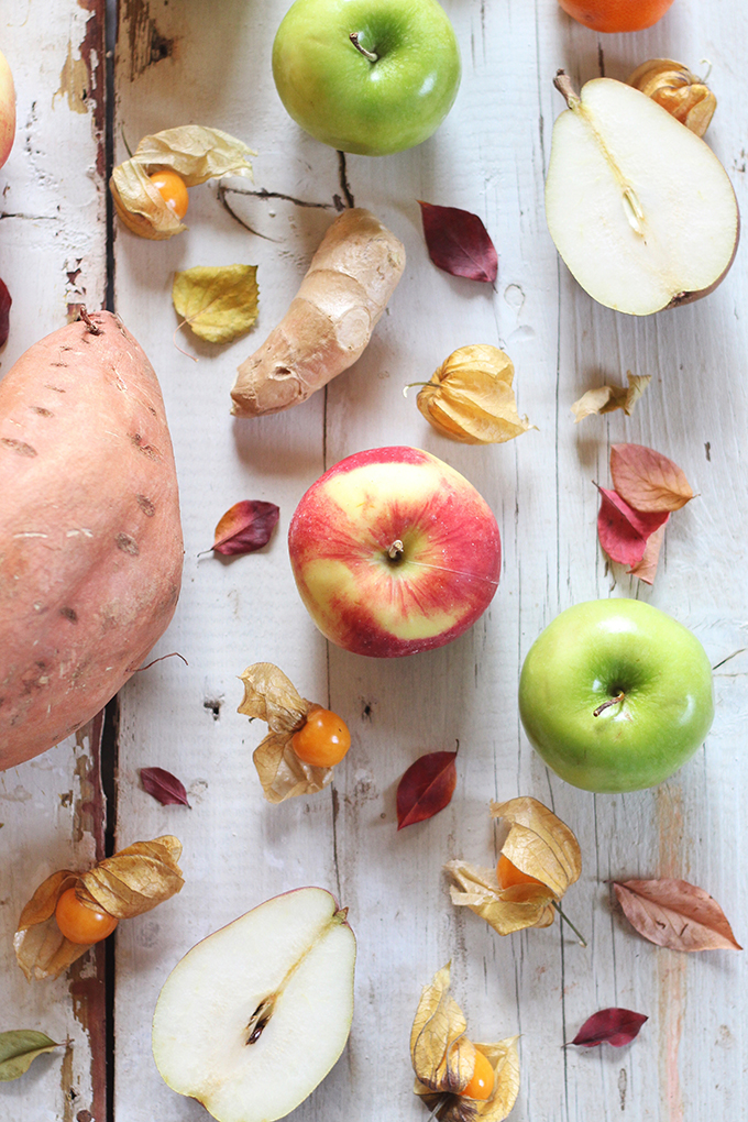 Autumn Energizer Juice made with seasonal autumn produce: apples, red pears, mandarin oranges, ginger, caped gooseberries // JustineCelina.com