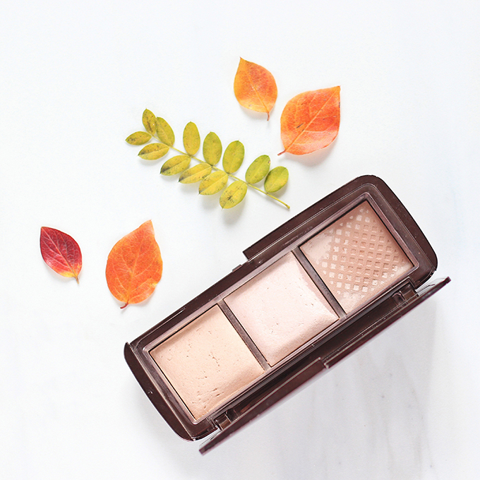 HOURGLASS Ambient Lighting Palette Photos, Review, Swatches // JustineCelina.com