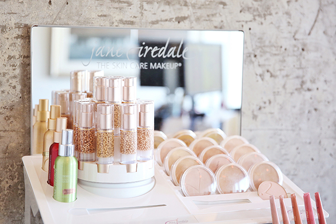 My Secret for Holiday Ready Skin | Professional Microdermabrasion, Calgary, Canada | INLIV Medical Aesthetics | Jane Iredale The Skincare Makeup // JustineCelina.com