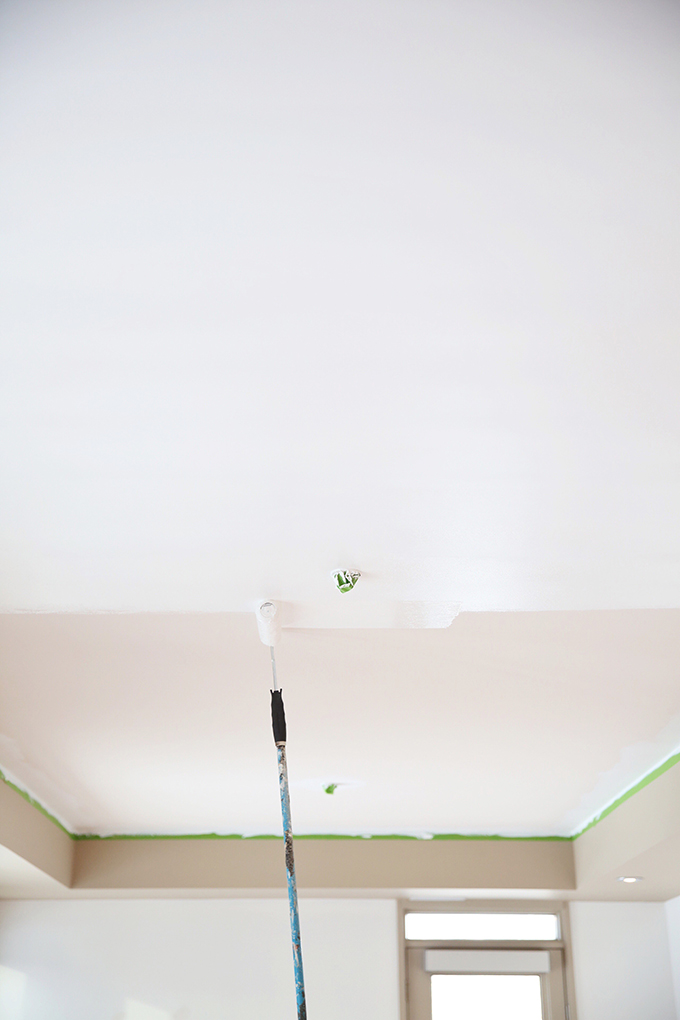 Space Refresh | Paint Transformation | From Builder's Beige to Behr Ultra Pure White | DIY A Professional Quality Paint Job | How to Paint Ceilings White // JustineCelina.com