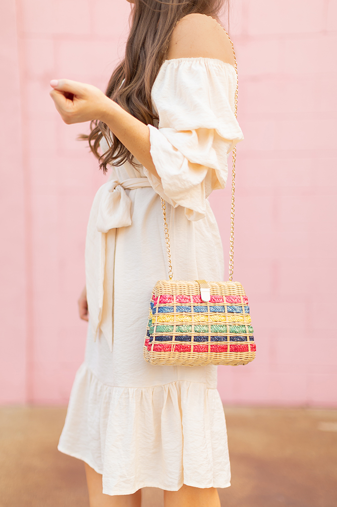 The Accessory Edit | Natural Material Bags | Colourful Rainbow Vintage Straw Bag with Metallic Strap | How to Style Vintage Straw Bags | The Best Straw Bags 2018 // JustineCelina.com
