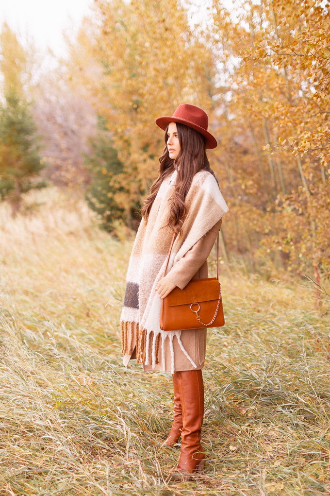 Casual Fall Style Staples | Casual Thanksgiving Outfit Ideas | Thanksgiving Outfit Ideas for Cold Weather | Canadian Thanksgiving Outfits | Casual Family Holiday Dinner Outfit Ideas | Family Thanksgiving Outfits | Bohemian Thanksgiving Outfit Ideas | Casual Boho Fall Outfit | The Best H&M Sweaters | Joe Fresh Faux Leather and Suede Leggings Review | Brunette Woman Wearing a Casual Fall Thanksgiving Outfit | Calgary Fashion & Lifestyle Blogger // JustineCelina.com